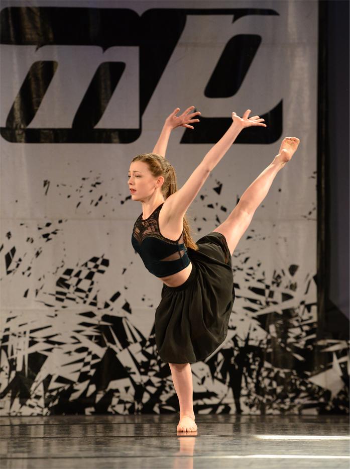 Emma S modern dance 2016 2