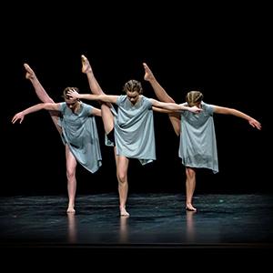 Emma S Zoe modern dance 2016